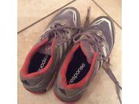 Adidas cushion response women's running shoe size 4.5