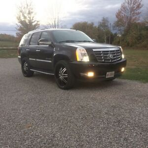 "2007 Cadillac Escalade on 26"" onyx rims!"