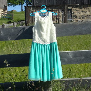 Size 10-12 Turquoise & White Lace Dress