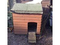 Chicken coop 3ft8inch long 3ft wide,4ft tall