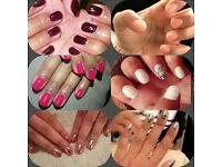 Mobile Nail Artist - Qualified in Cnd Shellac