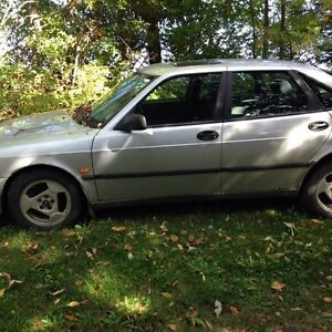 Saab   1999 model 93 5 door good for parts and to drive a