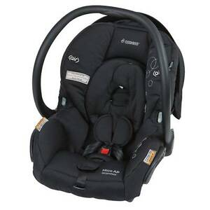 Maxi-Cosi Mico AP Baby Capsule — Black, Very Good Condition Kingston South Canberra Preview