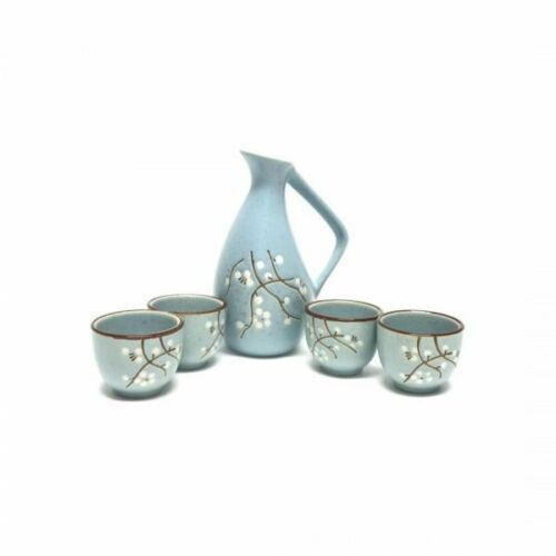 JAPANESE Porcelain Sake Set - 1 Bottle & 4 Cups / Gift Box (Flower Design)