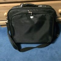 Dell laptop bag with lots of pockets