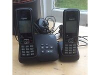 Answer phone and connecting phone