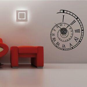 Sticker mural horloge g ante spirale chiffres romains avec for Mural en francais
