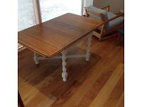 Oak vintage drop leaf dining table