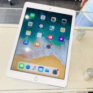GOOD CONDITION IPAD AIR 2 16GB WIFI CELL SILVER UNLOCKED WARRANTY Surfers Paradise Gold Coast City Preview
