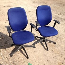 Visitors and office swivel chairs. Delivery.
