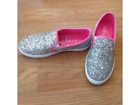 Girls silver glitter shoes