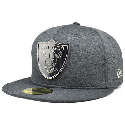 Oakland Raiders METAL BADGE Shadow Tech Fitted 59Fifty New Era NFL Hat  ()