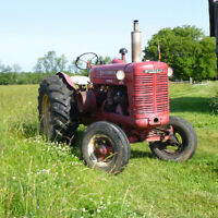1952 W6 INT TRACTOR