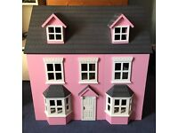 Doll house (with furniture)