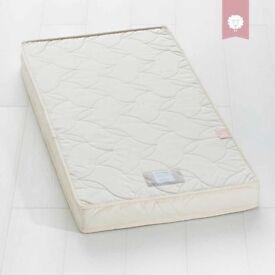 The Little Green Sheep Natural Twist Cot Bed Mattress (140 cm x 70 cm)