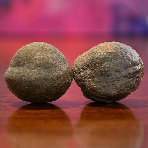 Beautiful Pair of Moqui Marbles (Shaman Stones) from Utah 147 grams