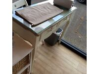 Shabby chic desks