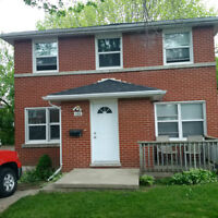 Great Bachelor Apt -Quiet Triplex - FULLY RENOVATED -MUST SEE!