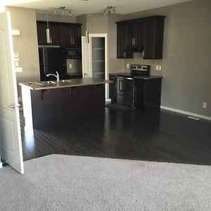 House for rent Cranston!!!