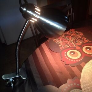 Very nice desk or bed lamp