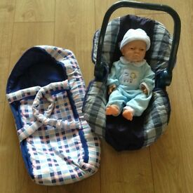 Dolls Carry Cot and Car Seat