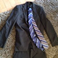 Guys/men's suit. Wore once
