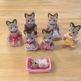 Sylvanian Families Stripy Cat family