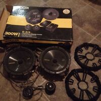 Kicker speakers with twitters  300w