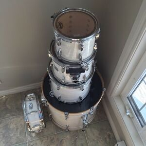 Pearl Export EXR Fusion Shell's in Strata White