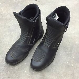 Oxford riding boots