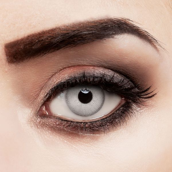 Farbige Kontaktlinsen Crystal Gray stark deckend mit natürlichem Effekt in grau