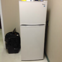 Magic Chef 10 Cu Ft Refrigerator & Microwave for Sale!