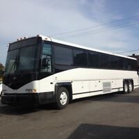 MCI COACH WITH BRAND NEW TRANSMISSION, MINT CONDITION