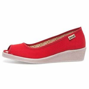 BRAND NEW Red casual shoes-sz.37/38