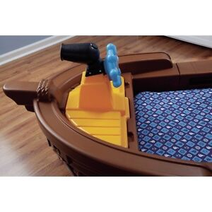Little Tikes Pirate Ship Bed and Mattress Cambridge Kitchener Area image 4
