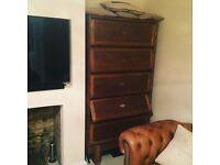 Solid Oak dresser 5 drawers