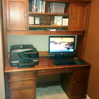 Executive desk and credenza set
