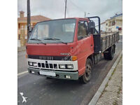 Left hand drive Isuzu NKR 575 3.3 diesel 6 tyres 6 ton truck. Low miles.