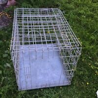 Fold up wired dog crate