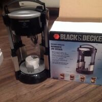 New Black & Decker Stainless Automatic Jar Opener
