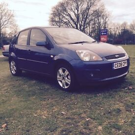 LOOK SUPER LOW MILEAGE, FORD FIESTA 1.4 ZETEC CLIMATE ONLY 10,300 MILES 2008/08 HIGH SPEC