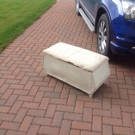 Lloyd loom style Ottoman perfect for upcycling