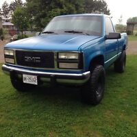 Gmc 5 speed shortbox 4x4 single cab