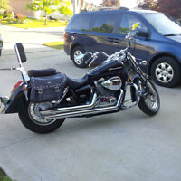 2009 HONDA SHADOW -Must sell no room for 2 bikes