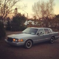 91 Lincoln town car for trade