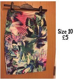 Pencil skirt - size 10