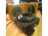Slide projector s AV 2000 projector with 2 carousels