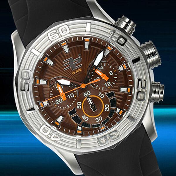 32 Degrees Polar Chronograph Mens Watch MSRP $1,400.00
