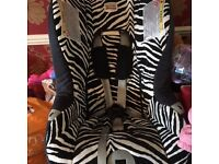 Britax zebra car seat over all good condition from 9 months +