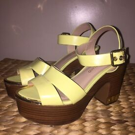 River island yellow wedges size 5